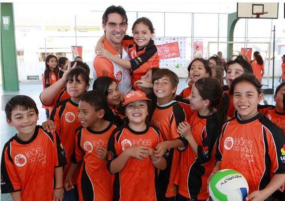 Campeão olímpico Giba visitando a nossa escola