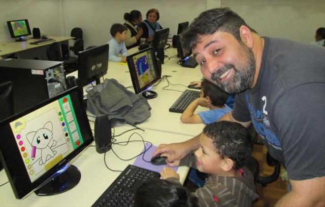 Ser fera na informática é ser o Super professor MARCELO.