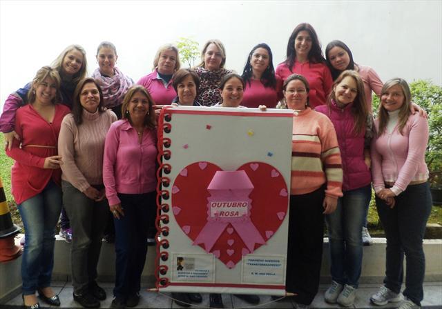 Professores participam da Campanha de Mama - Outub