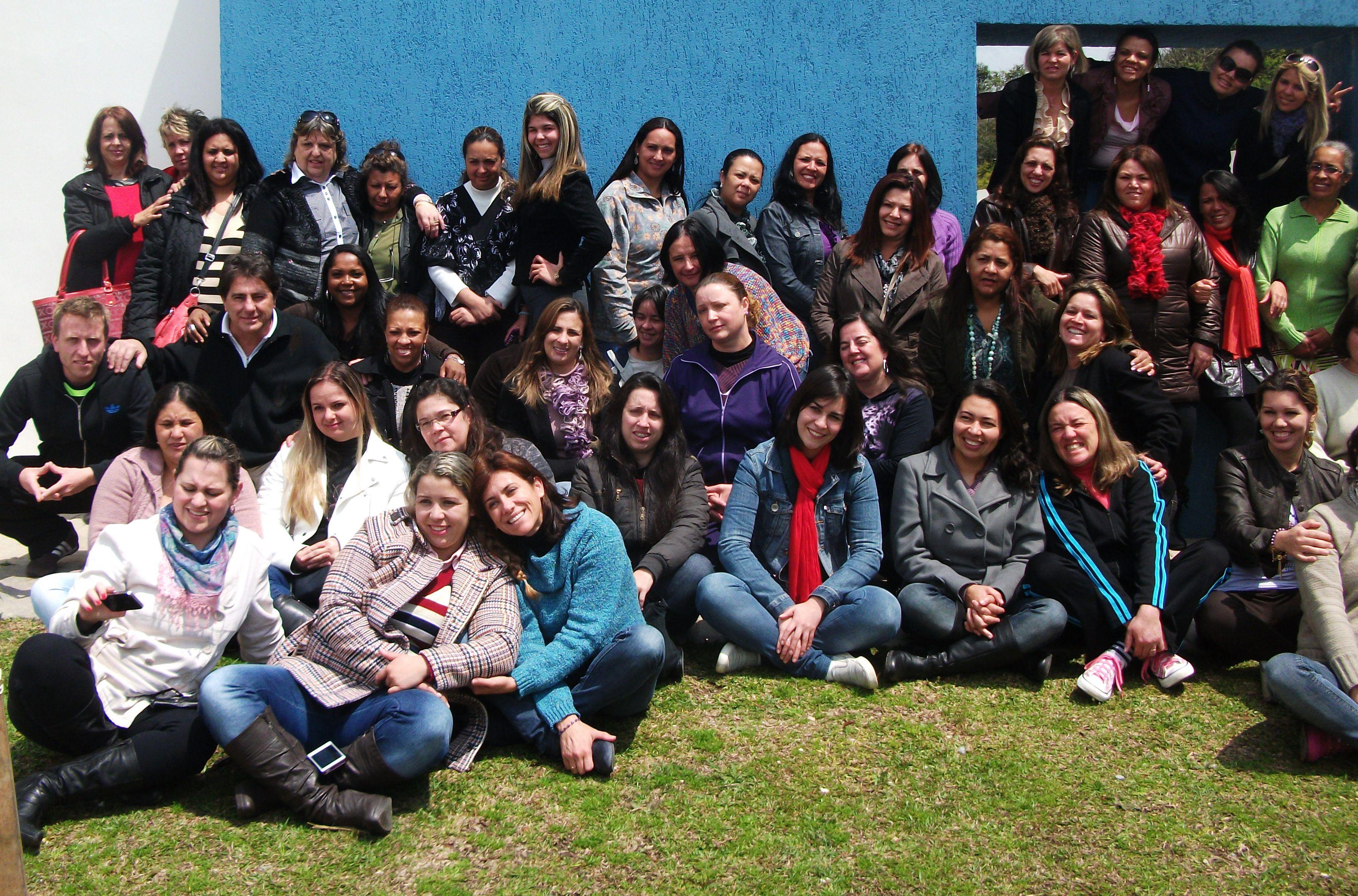 Reunião no CMEI Jardim Alegre, complementação da SEP. Ótima manhã com muitos aprendizados na companhia da palestrante Fernanda Souza formada em Música.