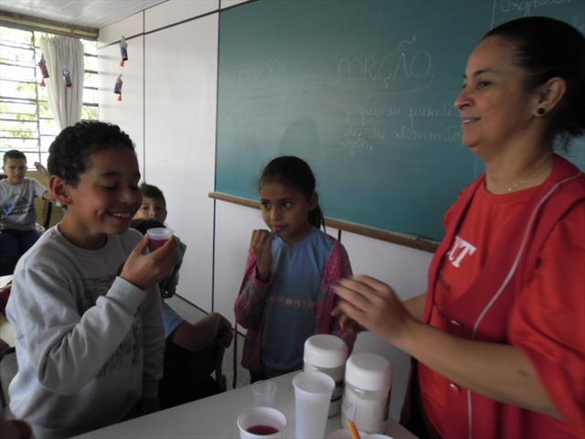 Na aula de Acompanhamento Pedagógico de Língua Por