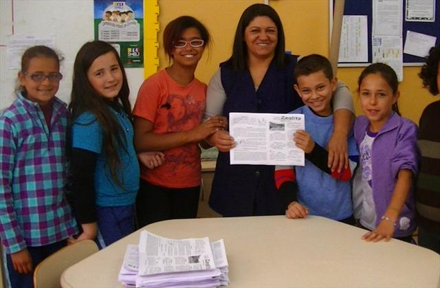 Professora Sirlene e alunos da Escola Maria Zeglin...