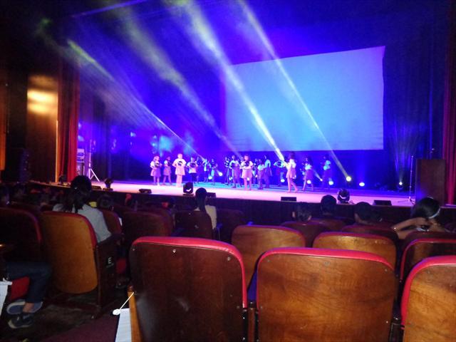 Alunos dos 5º anos participam do Festival de Dança 2013