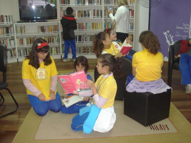 Visita à Casa da Leitura - Parque São Lourenço. 5º ano B e Classe Especial A