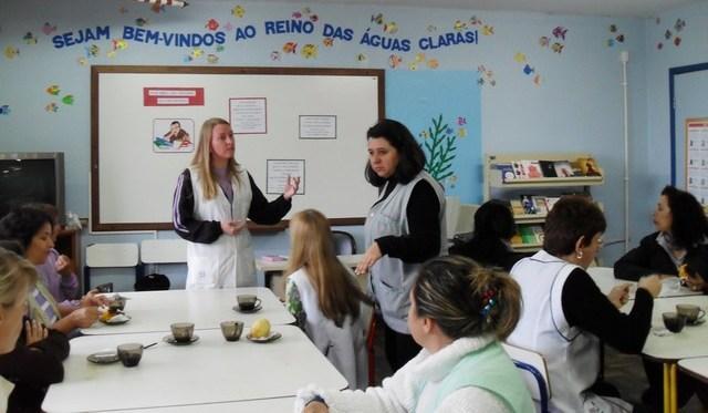 Projeto Café Cultural desenvolvido pela BE Reino d