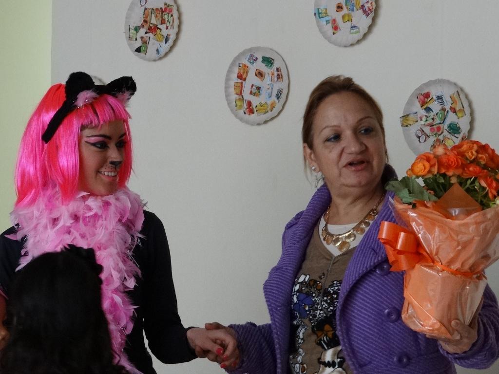 """Lançamento Jornal - Peça """"O mundo dos gatos"""""""