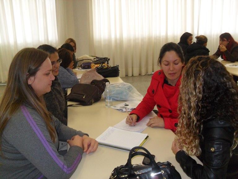 Equipe Ruth Cardoso em estudo
