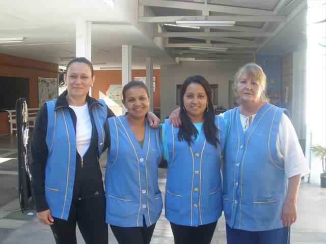 Equipe de Apoio Escolar 2013: Ana, Gislaine, Angela e Teca.