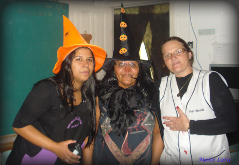 Foto da festa da festa a fantasia,com a presença d
