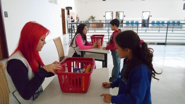 Visita monitorada ao Mercado Municipal.