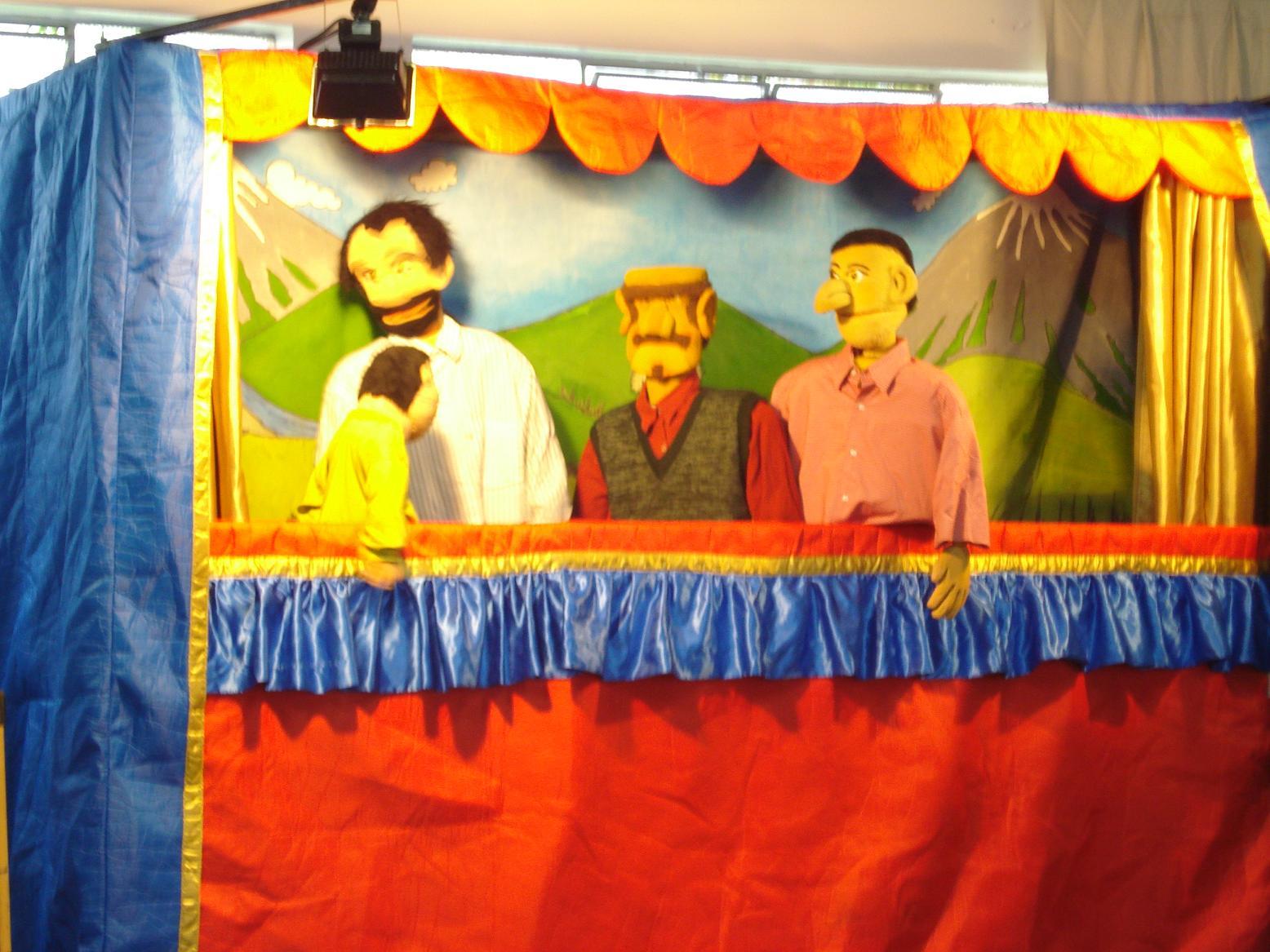 Teatro na escola: O menino pastor e o lobo
