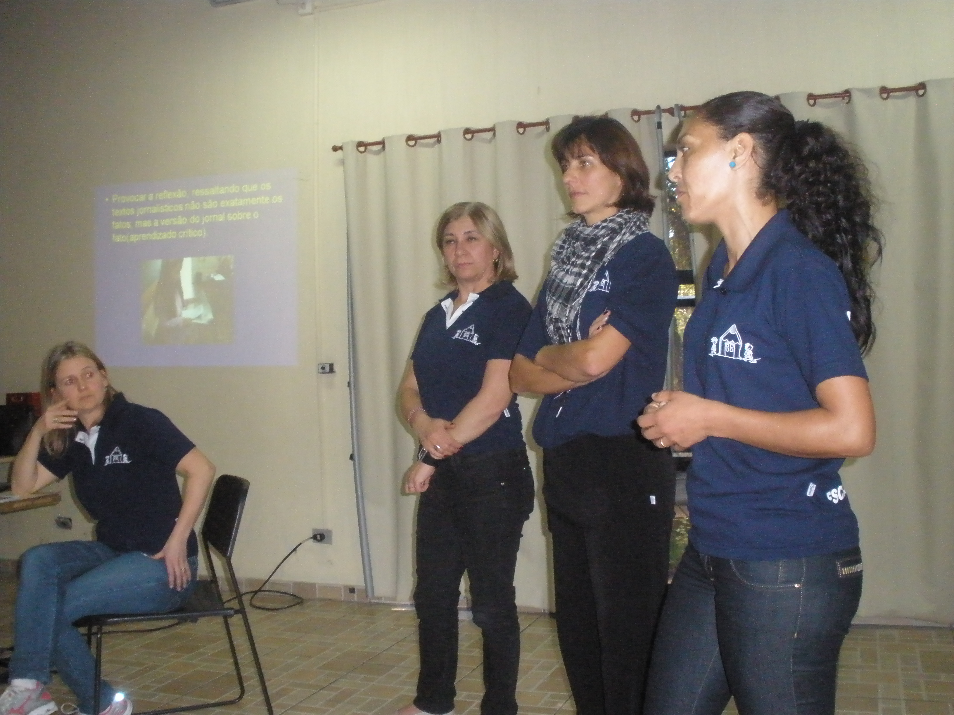 Apresentação do trabalho desenvolvido na escola Nympha com o Jornal Gazeta do Povo.