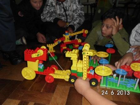 Trabalhando com Lego - UEI