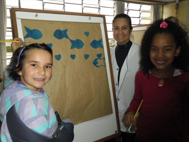 Os alunos do 4ºA junto com a professora Suely util