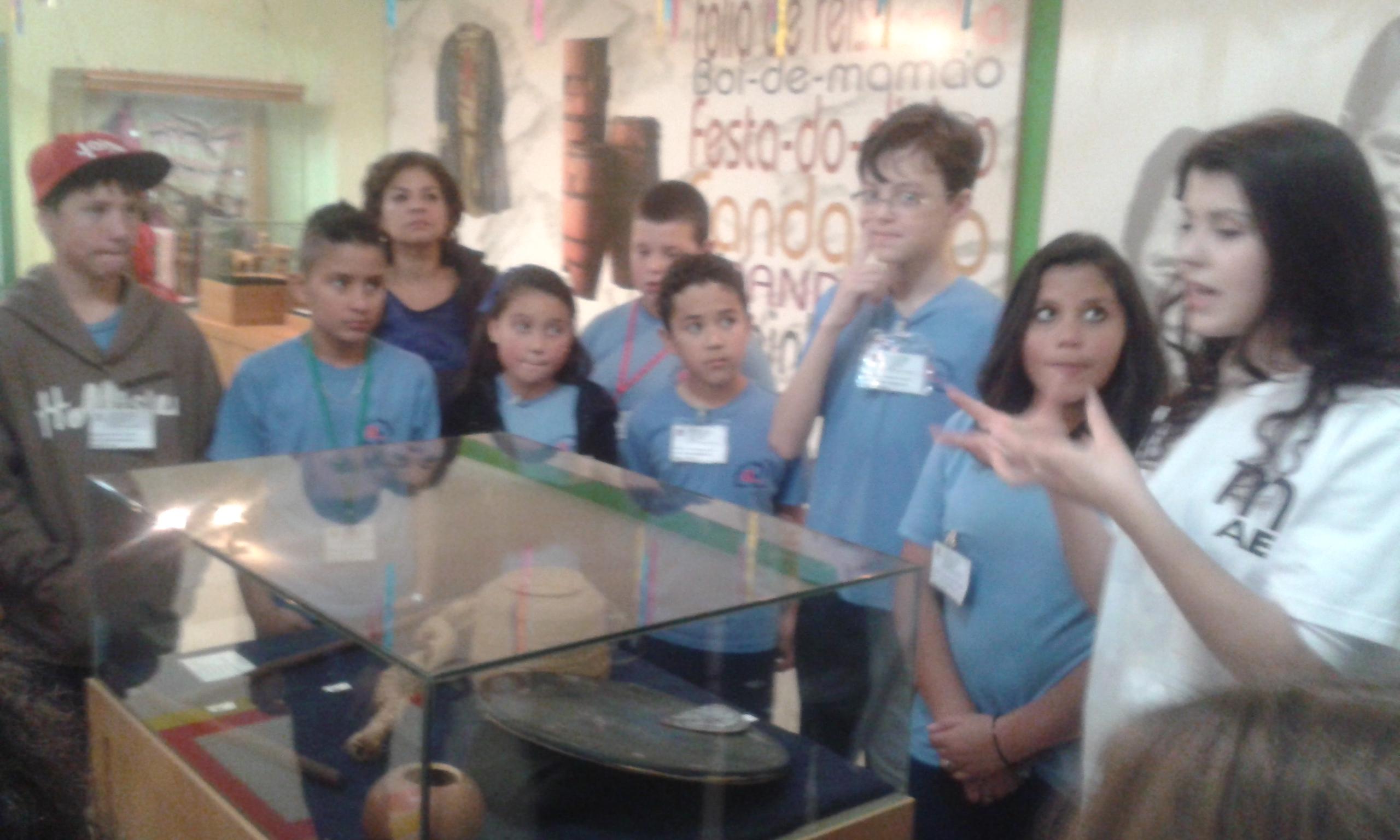 Visita ao Museu MAE