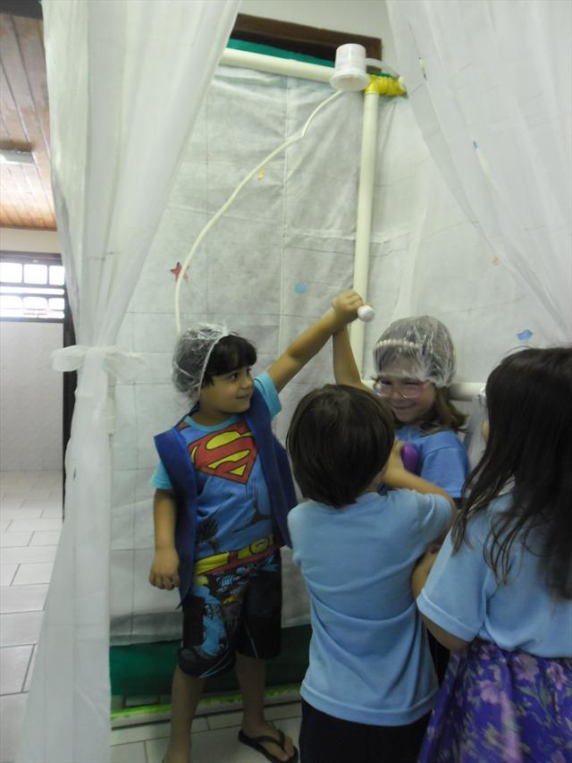 Semana da Criança - Cantos de Atividades Diversifi