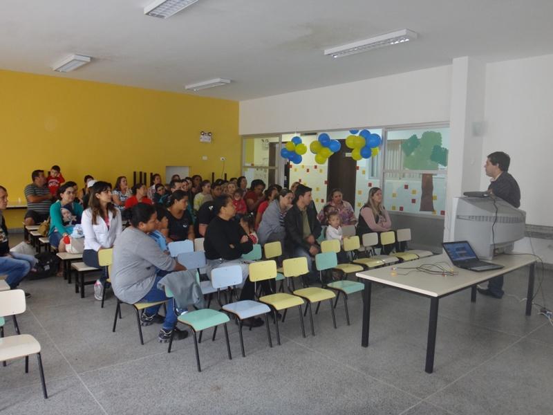 Trabalhos do CMEI Juril Carnasciali 2014