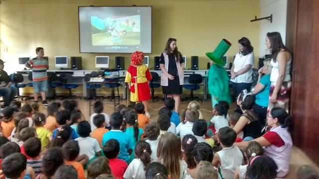 Integração das turmas de PRÉ com a Escola Municipal Madre Teresa de Calcutá e Celebração do Dia Internacional do Livro
