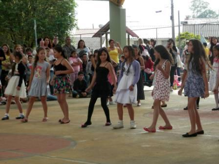 """9º Festival de Dança """"Educação e Diversidade"""""""