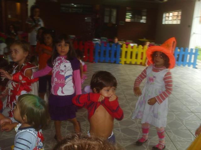 As crianças tiveram uma tarde de muita alegria e d