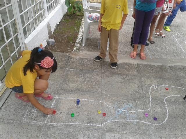 Estudantes aprendem a corrida chamada Tampicrooss.