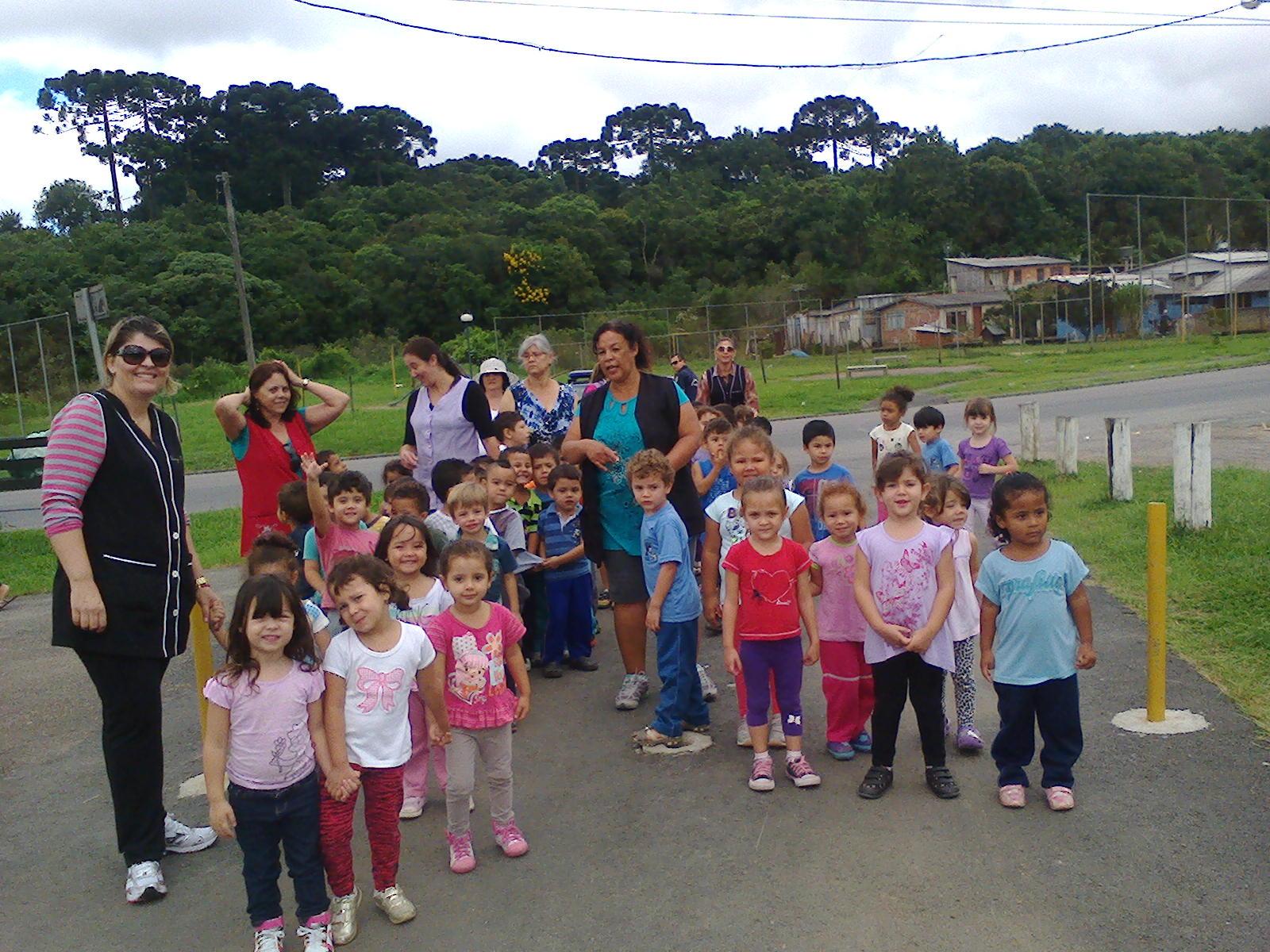 Homenagem do CMEI Santa Cândida à cidade de Curitiba 1