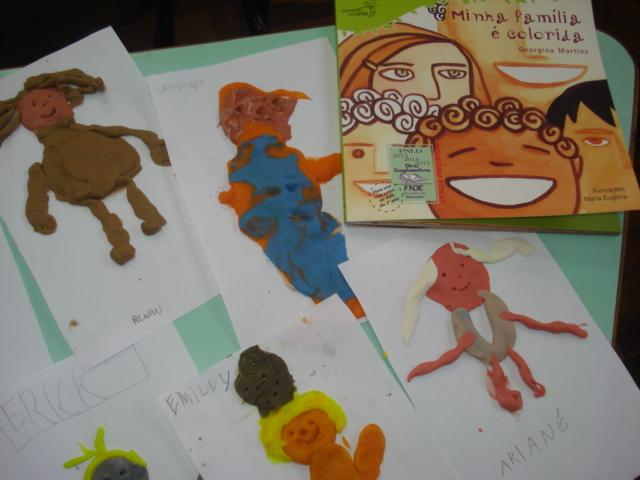 Trabalhando a diversidade com o livro Minha Família é Colorida.