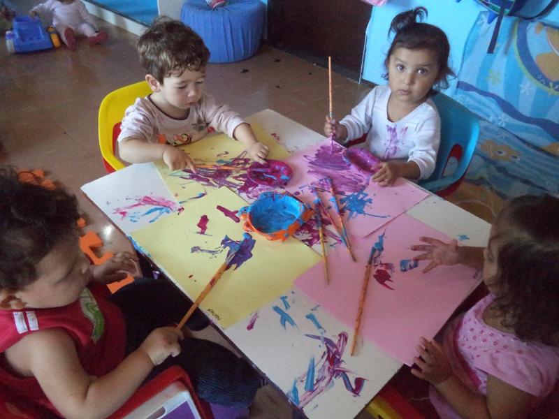 Homenagem das crianças do Cmei Cantinho do Sol para as mamães