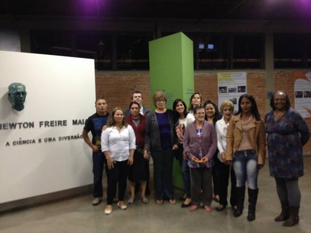 Estudantes e professoras da EJA realizaram Saída Cultural ao Parque da Ciência Newton Freire Maia