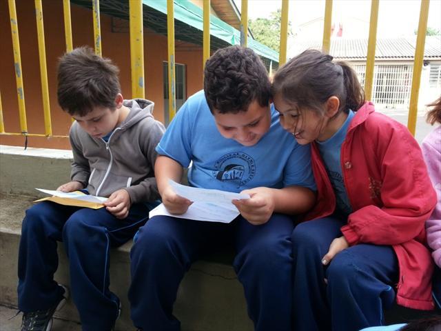 Alunos dos 3ºs anos da manhã escrevem e entregam carta para os amigos