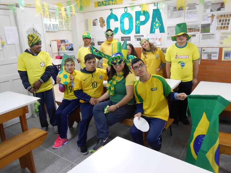 Projeto Ler e Pensar na Copa
