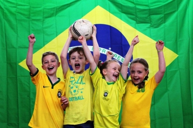 Jornal inglês destaca intercâmbio entre escolas do Brasil e Inglaterra- EM CEI Doutel de Andrade