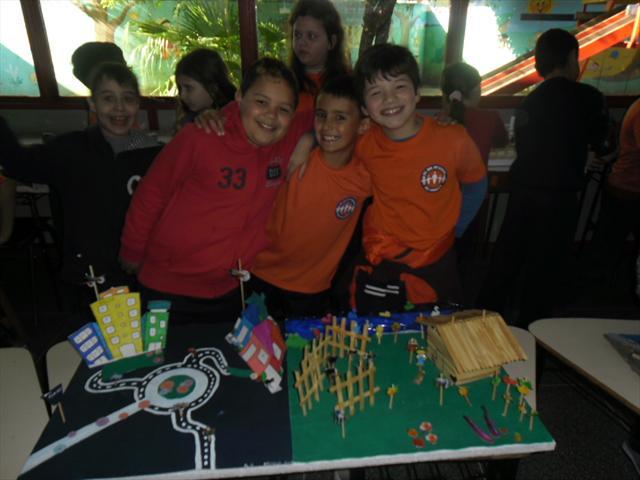 Alunos constroem maquetes para aula de Geografia