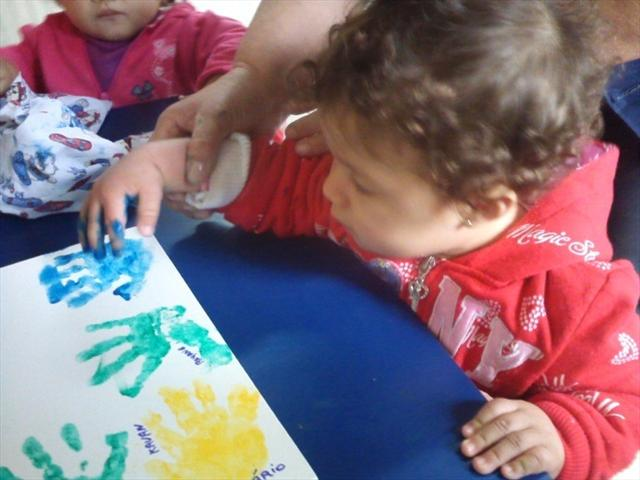 O Berçário I faz arte e se diverte