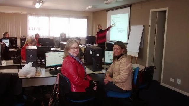 Professores participam curso Texto jornalístico na