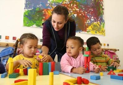 Plano que valoriza os professores que atuam com a