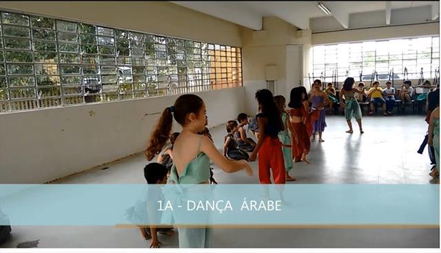 Apresentação de dança Todas as culturas, todas as