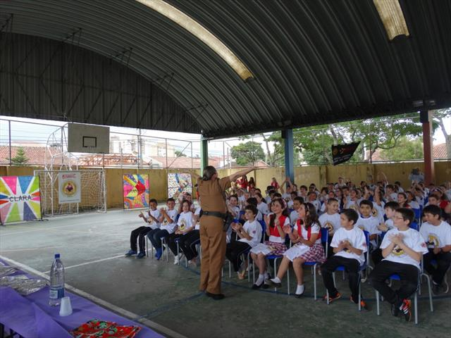 Policial Silmara - Instrutora do Proerd