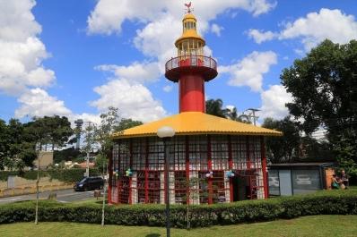 Farol do Saber Emílio de Menezes é revitalizado e agrada visitantes