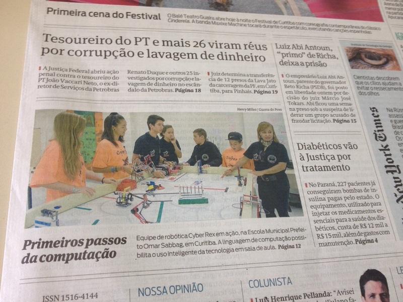 Alunos da Escola Municipal Prefeito Omar Sabbag que participaram do evento Robótica representaram o paraná foram campeões.