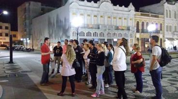Estudantes da Escola Municipal Professor Brandão realizam visita ao Paço da Liberdade