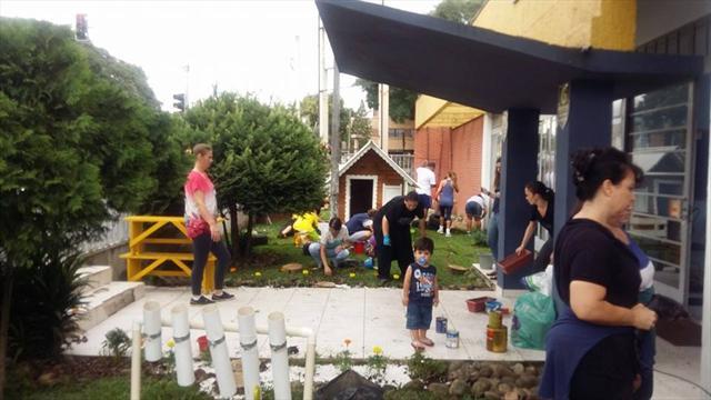 Famílias participam de atividades no CMEI Vila Torres