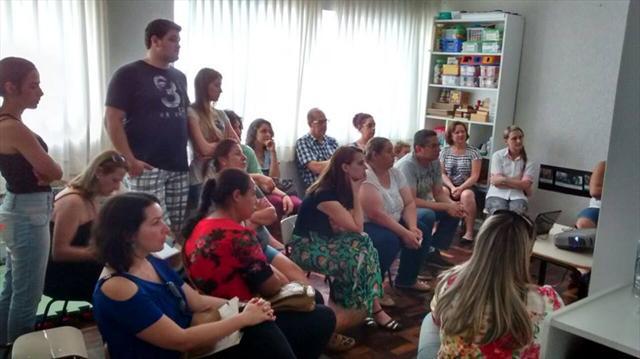 Famílias participam de atividades nos CMEIs e Escolas do NRE Matriz