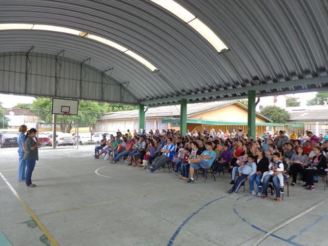 Pais participam de 1ª assembleia 2015