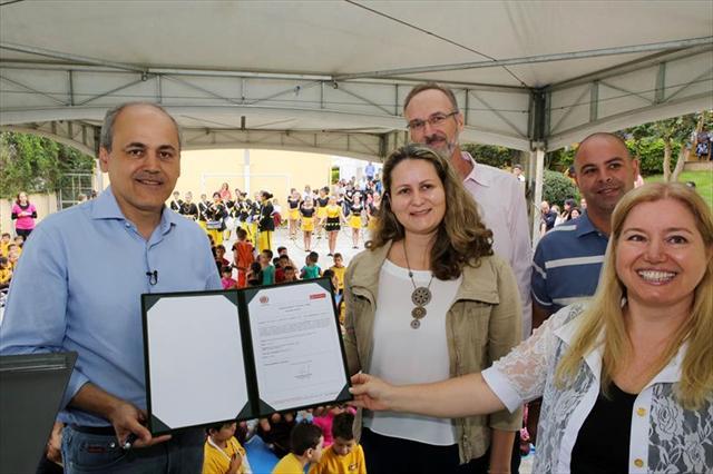 Prefeitura de Curitiba inicia a construção da quadra esportiva em nossa Escola