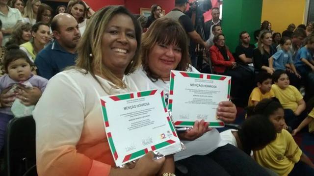 Aluna da EJA ganha primeiro lugar no Concurso de frases - aniversário de Curitiba.