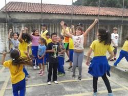 Atividades com profissionais de educação física vi