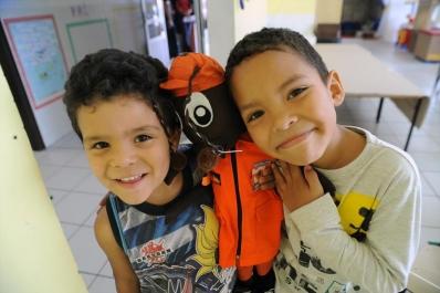 Crianças são treinadas para situações de emergência no CMEI Irmã Dorothy