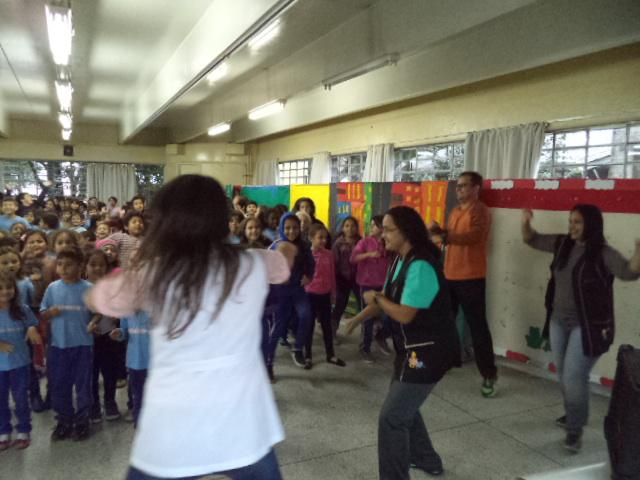 DIA DO DESAFIO MOBILIZA ALUNOS, PROFESSORES E FUNCIONÁRIOS