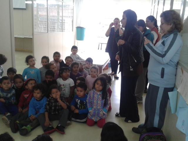 Alunos do maternal 3 do Cmei Santa Quitéria visitam a UEI Padre João Cruciani